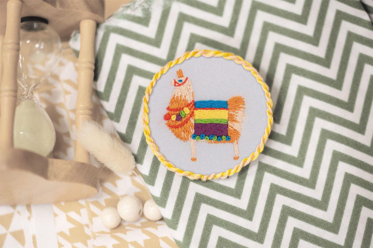 Embroidery kits PANNA Living Picture JK-2189 Llama Brooch